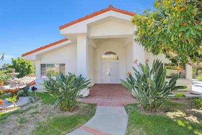 Escondido Single Family Home For Sale: 562 La Calma