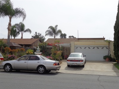 San Diego Single Family Home For Sale: 8605 Andromeda