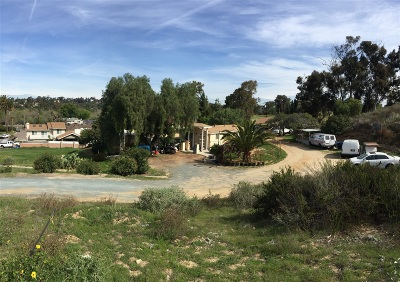 Chula Vista CA Single Family Home For Sale: $439,000