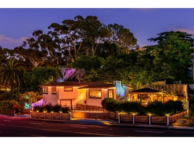 La Jolla Village Single Family Home For Sale: 1555 Torrey Pines Road