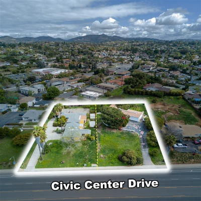 Vista Single Family Home For Sale: 330 Civic Center Dr.