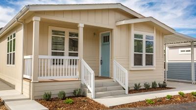 Citrus Gardens, Via Verde Estates, Lawrence Welk, Champagne Village, Rancho Escondido Mobile/Manufactured For Sale: 8975 Lawrence Welk Dr #74