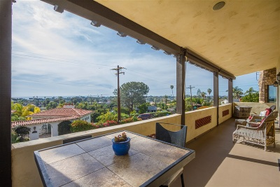 Encinitas Single Family Home For Sale: 399 Sunset Dr