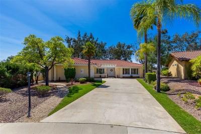 Single Family Home For Sale: 12541 Camino Vuelo