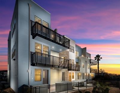 Vista Del Mar, Nob Hill Townhouse For Sale: 1562 Vista Del Mar Way #3