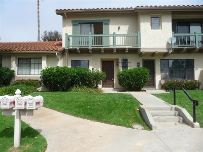 Carlsbad Townhouse For Sale: 6965 Batiquitos Dr