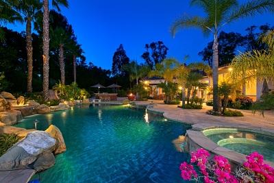 Rancho Santa Fe Single Family Home For Sale: 17564 Avenida Peregrina