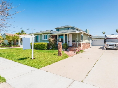 Single Family Home For Sale: 765 Del Mar Ave
