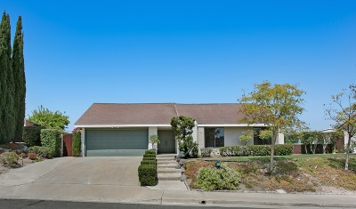 Bonita Single Family Home For Sale: 345 Greenwood Pl