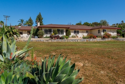 San Diego County Single Family Home For Sale: 11933 Fuerte Dr
