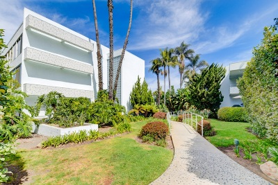 La Jolla Shores Attached Sold: 2356 Torrey Pines Road #15
