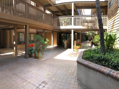 Attached For Sale: 8870 Villa La Jolla Dr #105