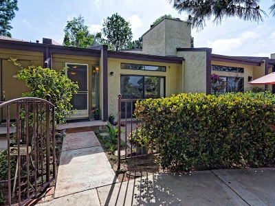 Carlsbad Townhouse For Sale: 7331 Alicante Rd. #B