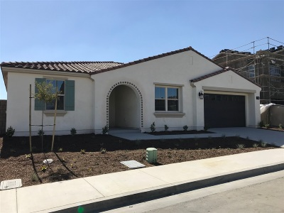 Murrieta Single Family Home For Sale: 34937 Limecrest Place