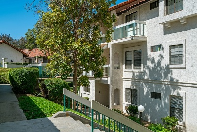 San Diego CA Attached For Sale: $529,900