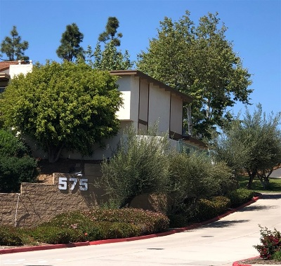 Chula Vista Townhouse For Sale: 575 Otay Lakes Rd. #25