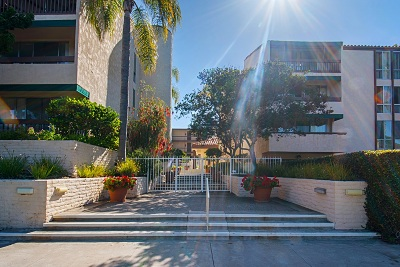 Attached Sold: 6455 La Jolla Blvd. #203