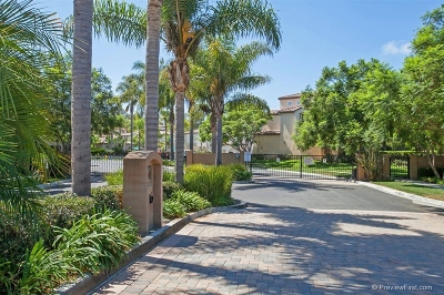 Carlsbad Townhouse For Sale: 6480 Terraza Portico