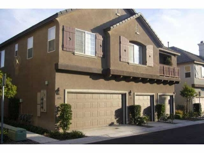 Chula Vista Townhouse For Sale: 1868 Monaco Dr.