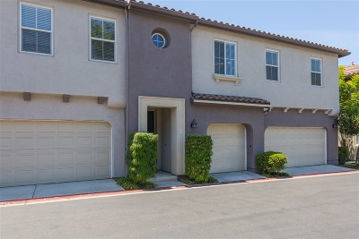 Chula Vista Townhouse For Sale: 1526 Bluffside #1