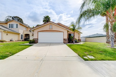 Murrieta, Temecula Single Family Home For Sale: 31427 Loma Linda Rd