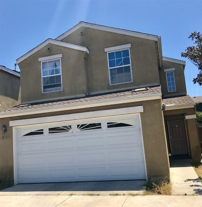 San Diego Single Family Home For Sale: 2769 Creekside Village Way