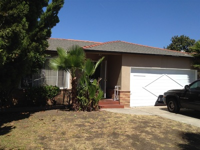 San Diego Single Family Home For Sale: 4452 Berting St