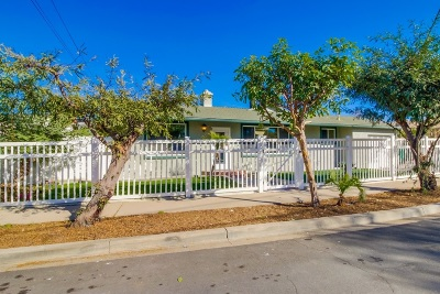 San Diego Single Family Home For Sale: 8170 Whelan Dr