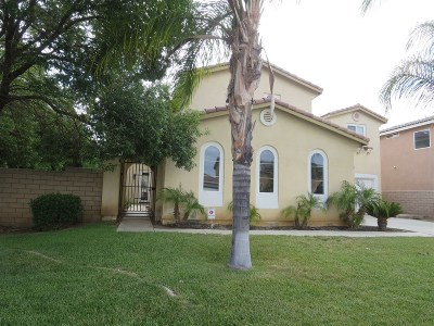 Riverside County Single Family Home For Sale: 35332 Corte Los Flores