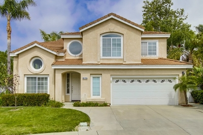 San Diego Single Family Home For Sale: 11927 Danvers Cir