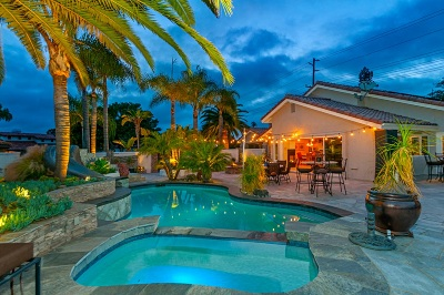 Encinitas Single Family Home For Sale: 283 Via Tierra