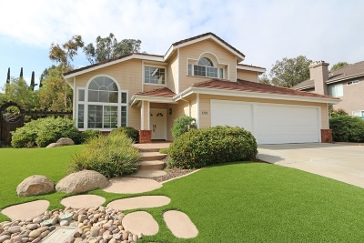 Poway Single Family Home For Sale: 12030 Crest Rd