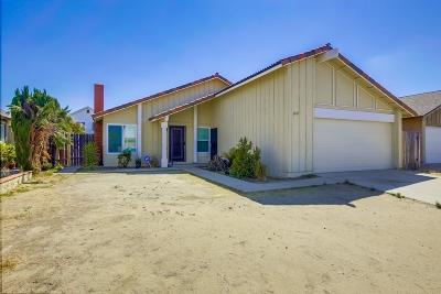 San Diego Single Family Home For Sale: 6815 Fuji St