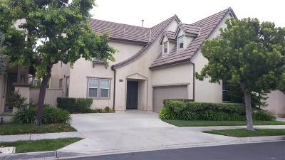 Single Family Home For Sale: 16478 Camelas Walk