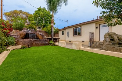 Vista Single Family Home For Sale: 855 Frances