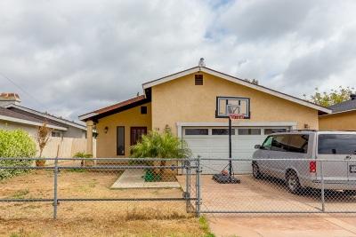 Chula Vista Single Family Home For Sale: 74 J St