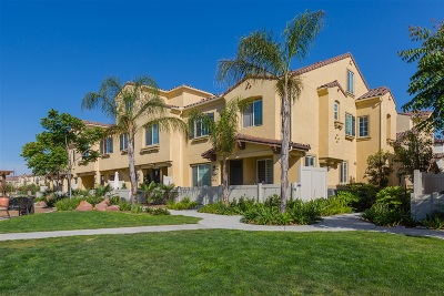 Chula Vista Townhouse For Sale: 1433 Shearwater St #4