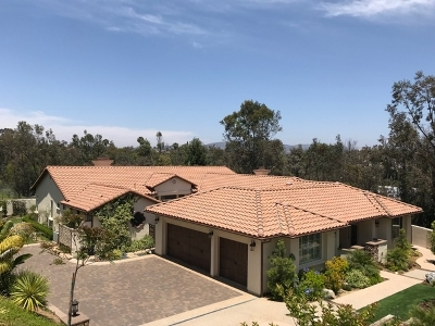 Vista Single Family Home For Sale: 871 Quails Trail Rd.