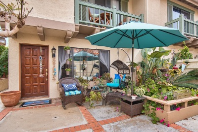 Carlsbad Townhouse For Sale: 6904 Peach Tree Rd