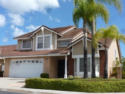 Vista Single Family Home For Sale: 1330 Krug Ct.