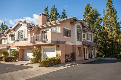 Rancho Bernardo, San Diego Townhouse For Sale: 11969 Tivoli Park Row #1