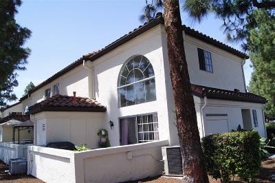 Chula Vista Townhouse For Sale: 719 Eastshore Terrace #50