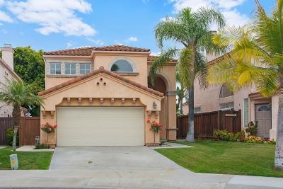 Oceanside Single Family Home For Sale: 1509 Corte Roberto