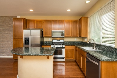 Mission Hills, Mission Hills/Hillcrest, Mission Valley Townhouse For Sale: 1289 Terracina Ln