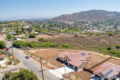 Poway Single Family Home Contingent: 15259 La Manda Drive