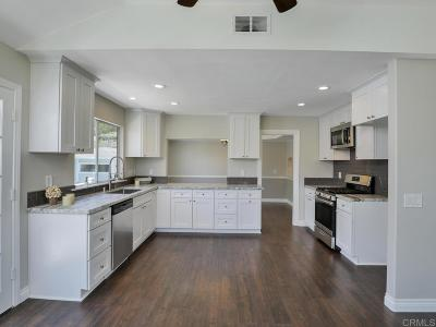 Vista Single Family Home For Sale: 1205 Sandra Circle