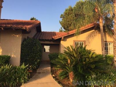 Murrieta Single Family Home For Sale: 21955 Los Robles Rd