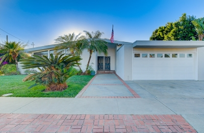 Single Family Home For Sale: 3002 Poinsettia