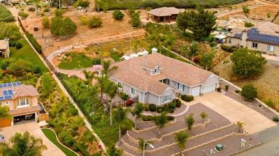Vista Single Family Home Contingent: 1960 Camino Loma Verde