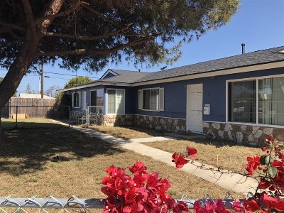 Multi Family 2-4 For Sale: 4704-06 Clairemont Drive